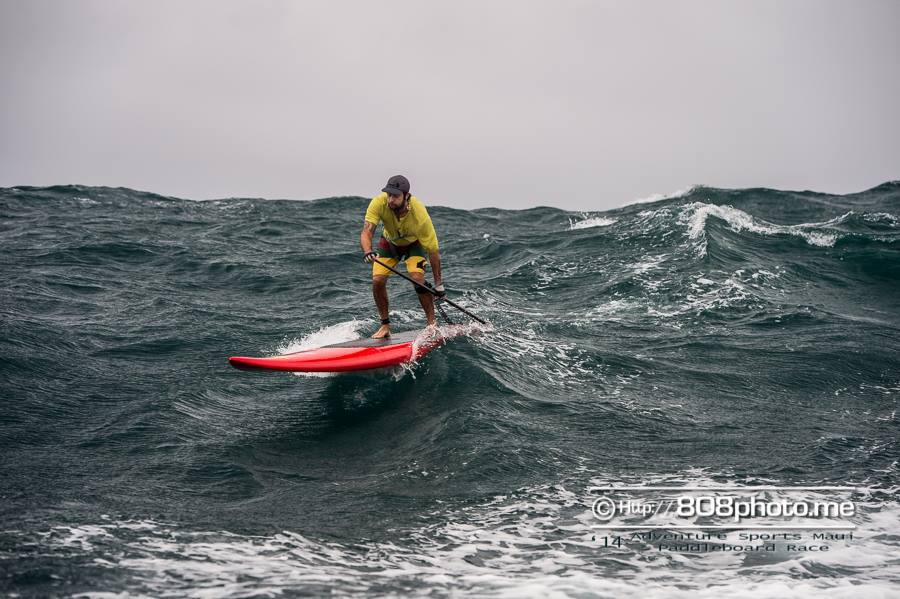 Jimmy Lewis M14 doing Molokai to Oahu race